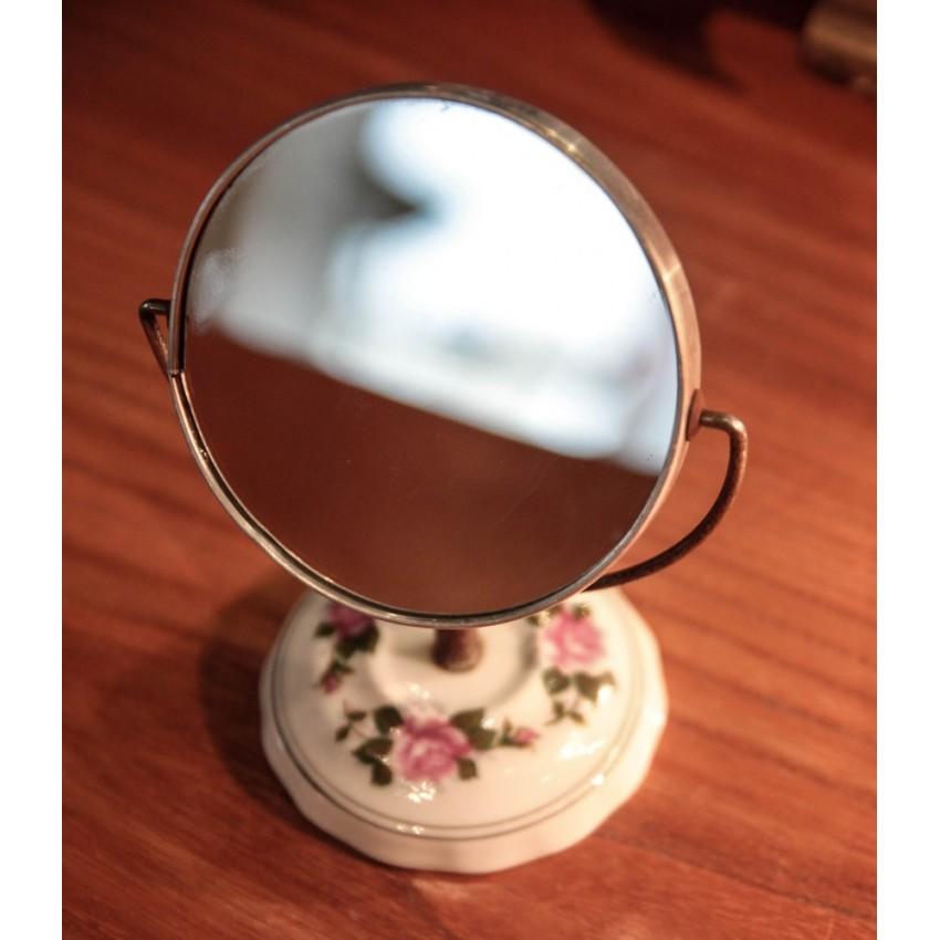 Petit miroir sur pied for Petit miroir