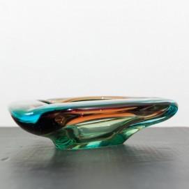 Grand cendrier triangulaire en verre teinté