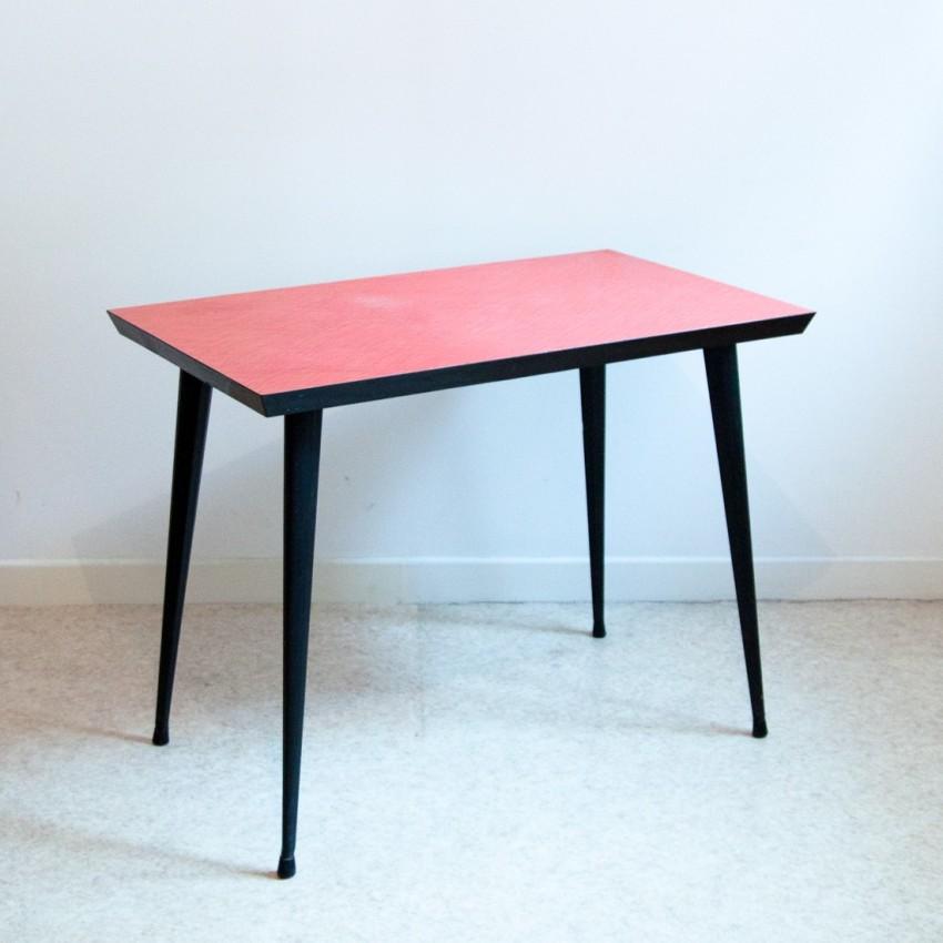 Table Formica vintage et rouge - pieds compas