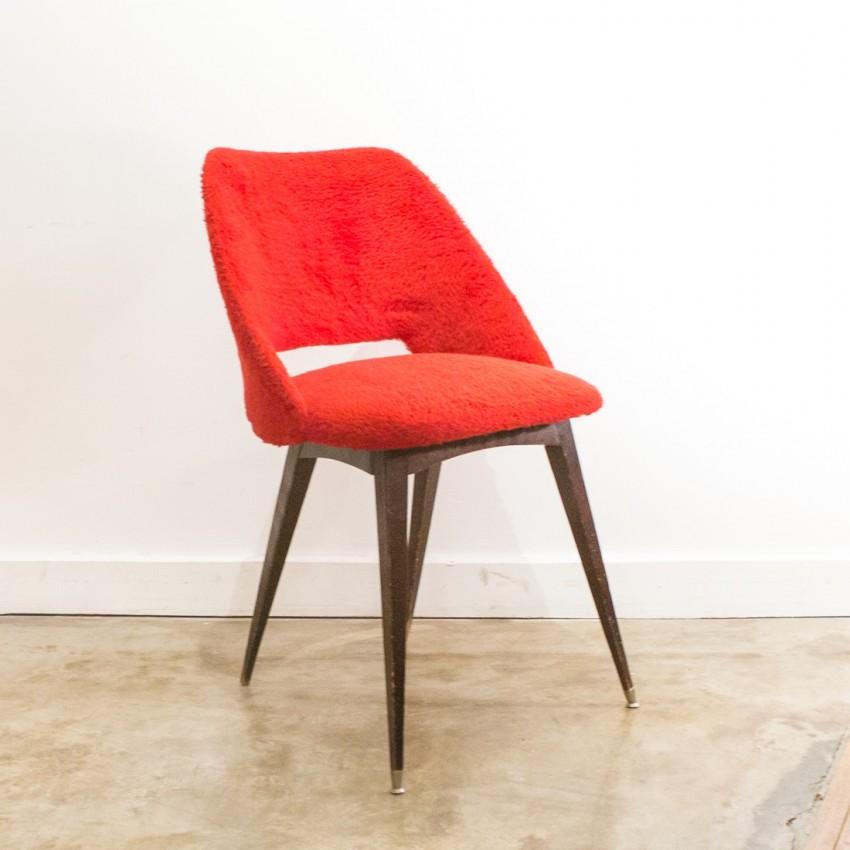 chaise tonneau rouge. Black Bedroom Furniture Sets. Home Design Ideas