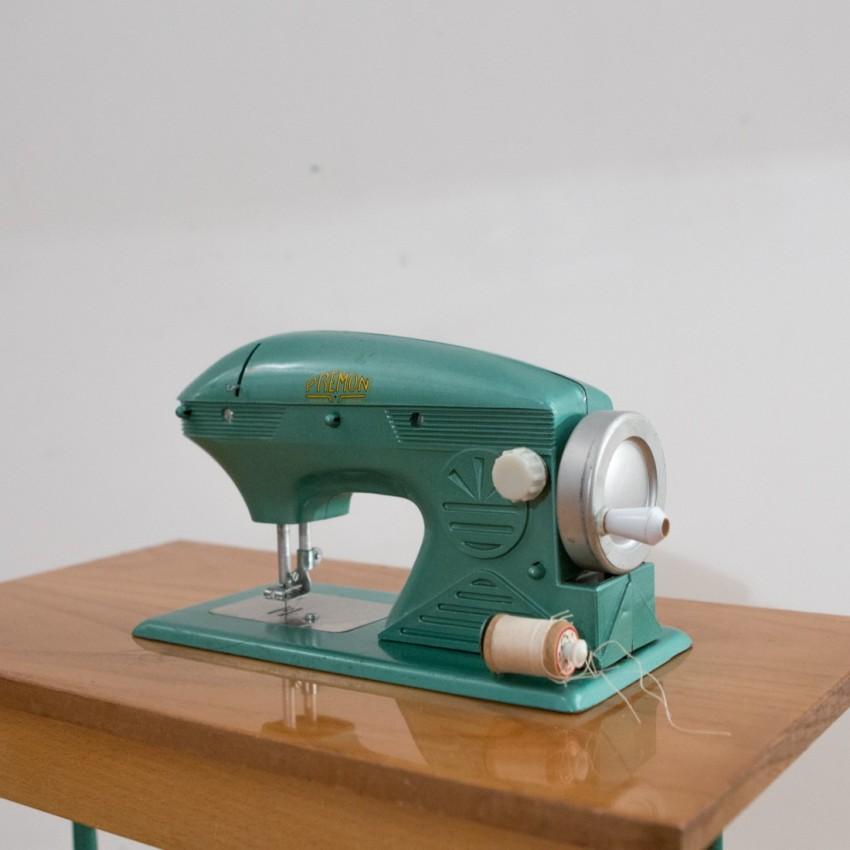 Machine à coudre meuble pour enfant