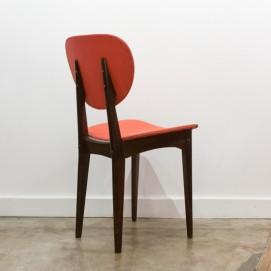 Chaise en bois et Skaï