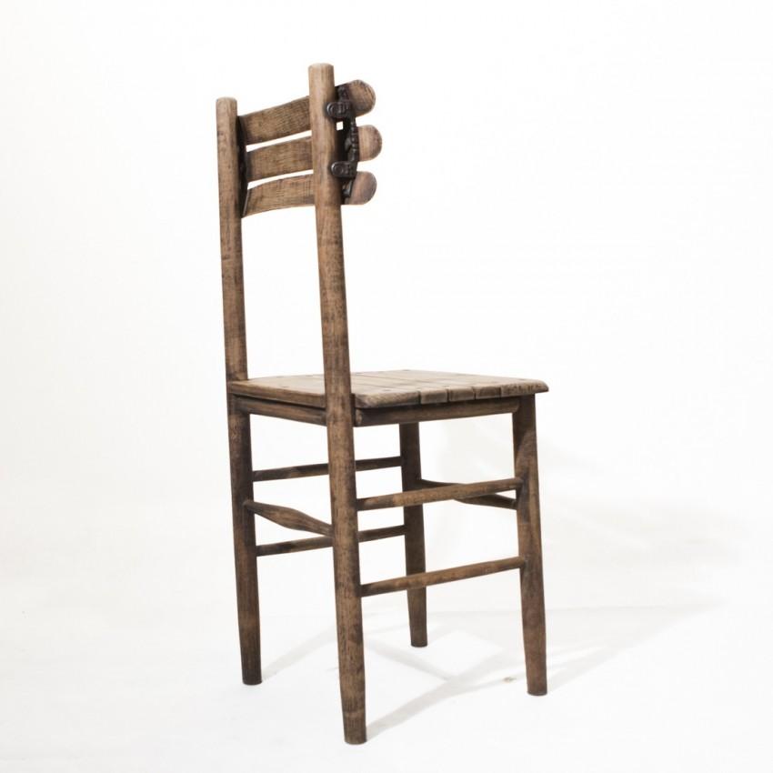 Chaise en bois du début du XXe siècle
