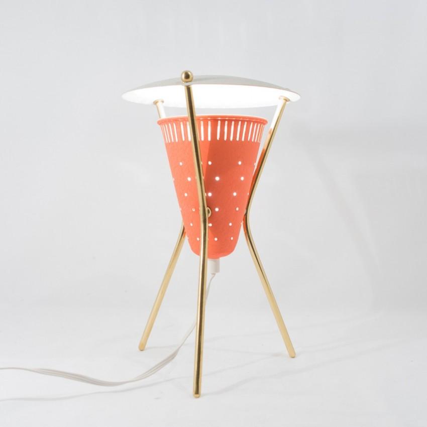 Lampe tripode en tôle laquée des années 1950