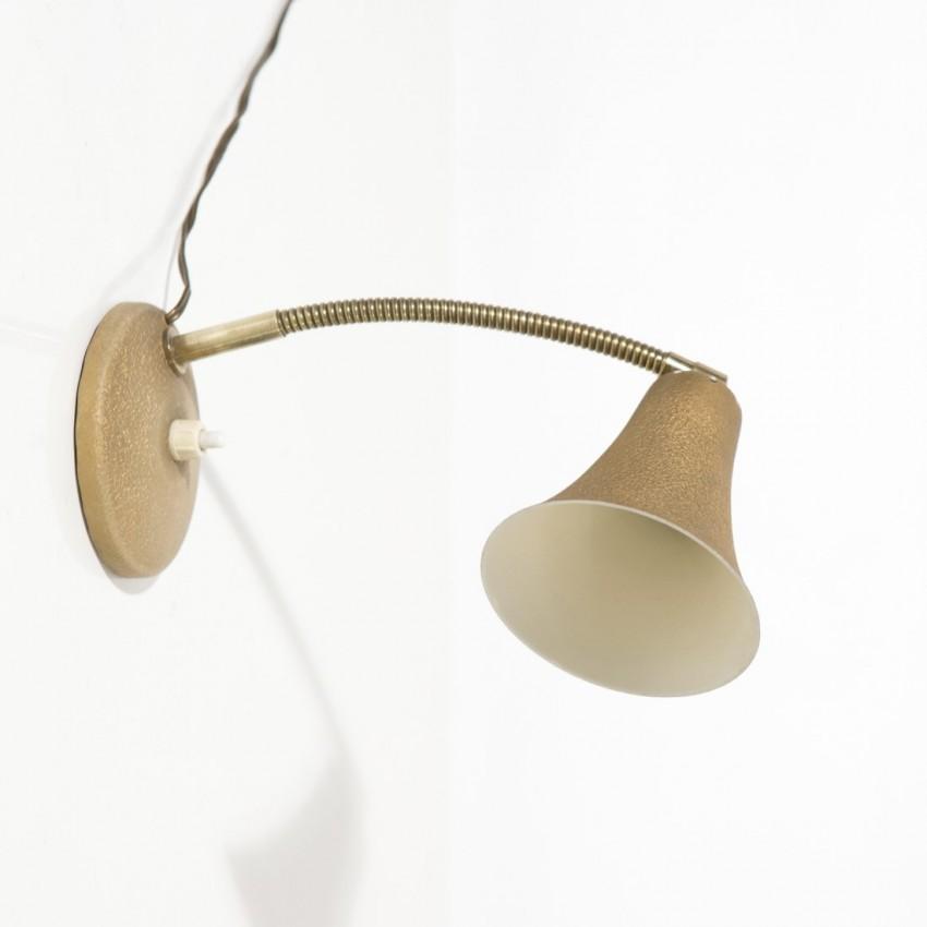 petite lampe de chevet aluminor. Black Bedroom Furniture Sets. Home Design Ideas
