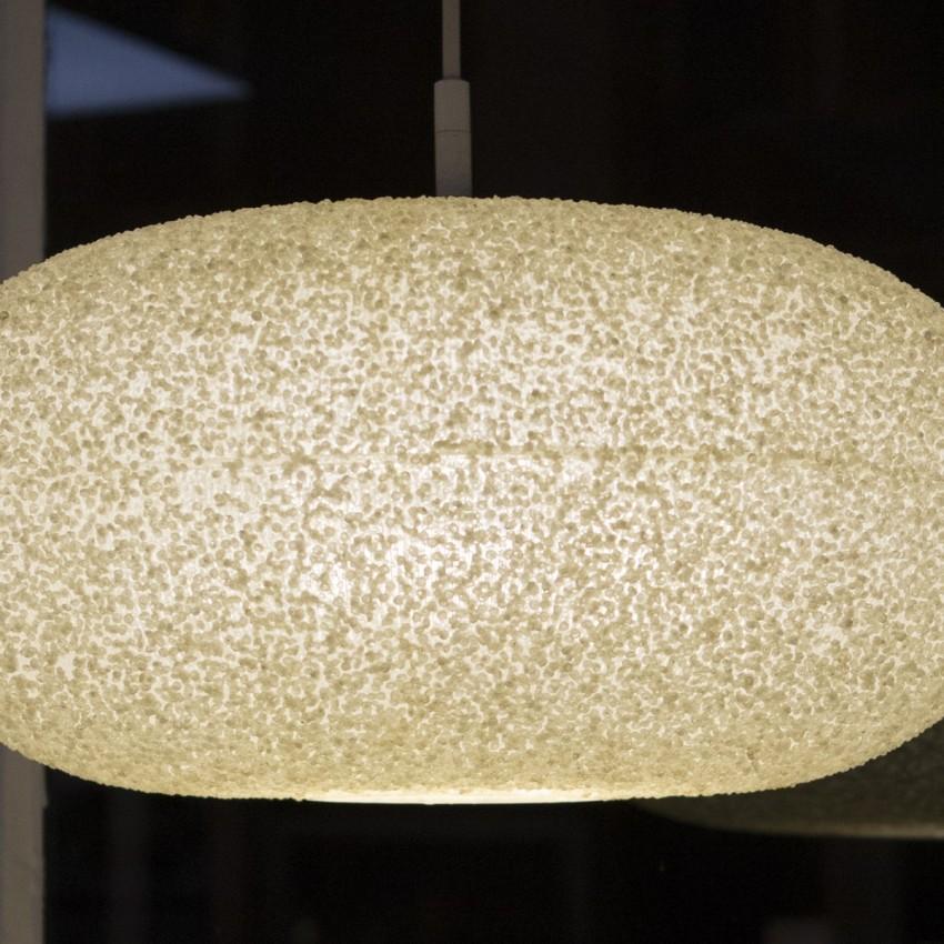 Suspension ovale en résine granitée