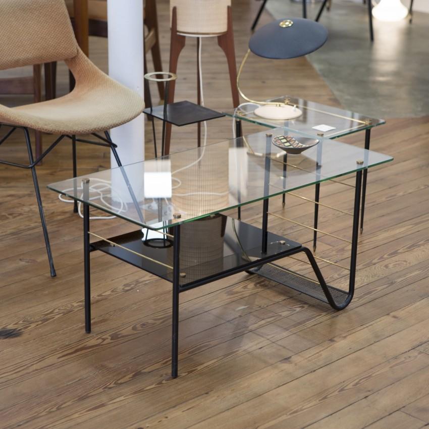 table basse et porte revues. Black Bedroom Furniture Sets. Home Design Ideas