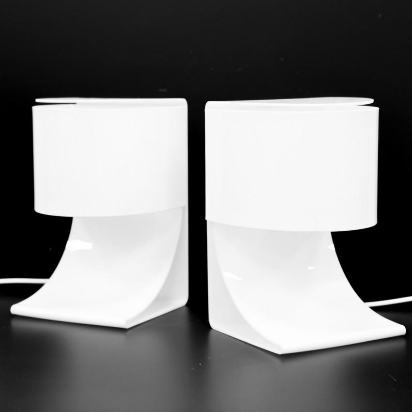 Lampes à poser ou appliques en Plexiglas