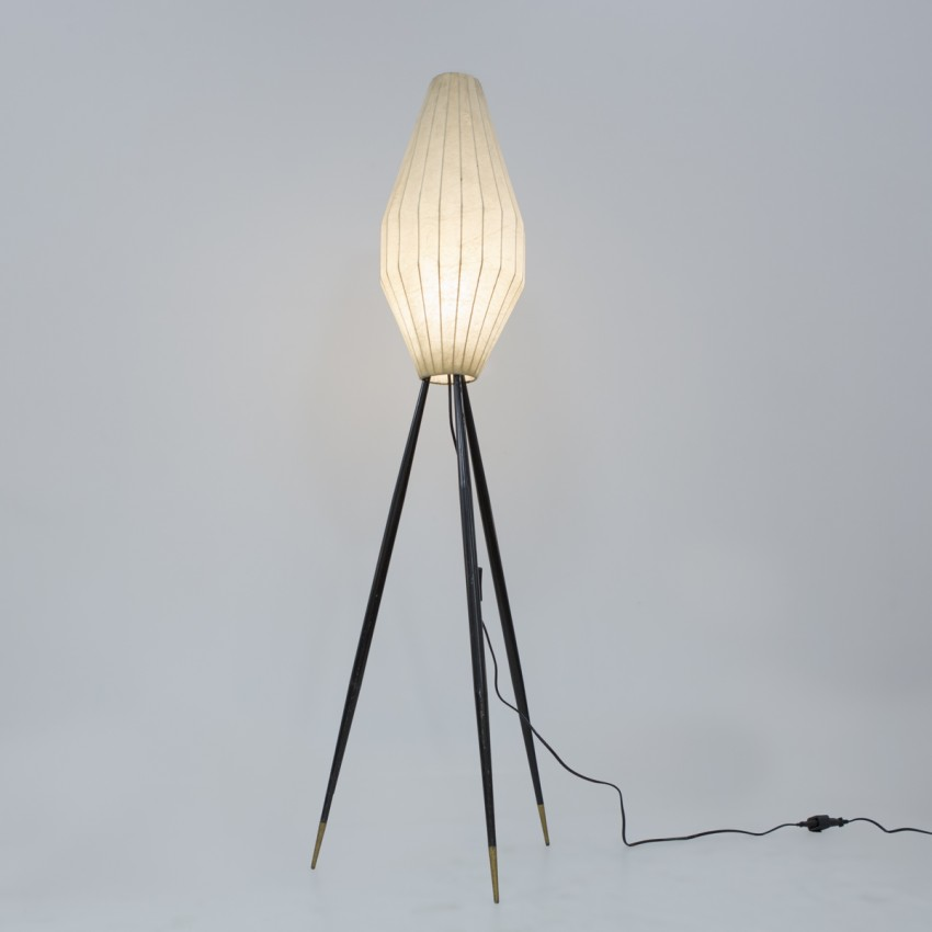Lampadaire tripode Cocoon