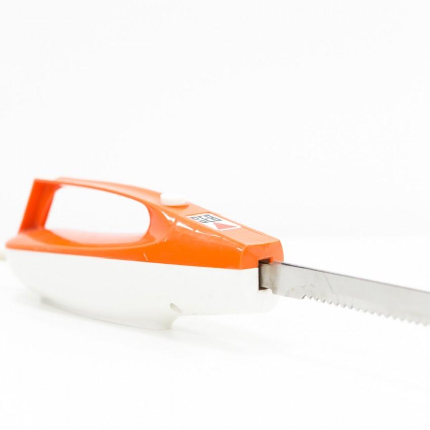 Couteau électrique édité par SEB dans les années 1970.