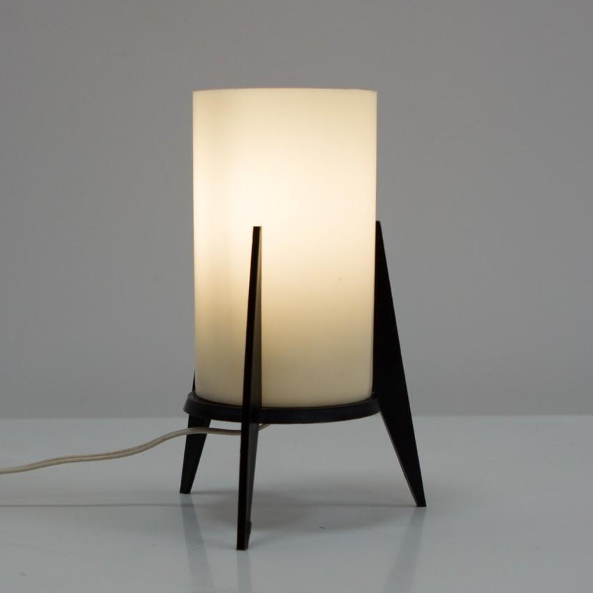 Lampe Rocket en résine opale des années 1960