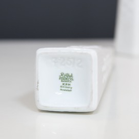 Paire de soliflores en porcelaine KPM