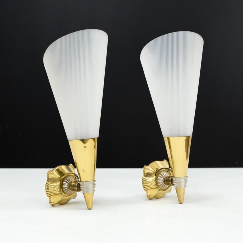 Appliques coniques en résine et laiton des années 1950