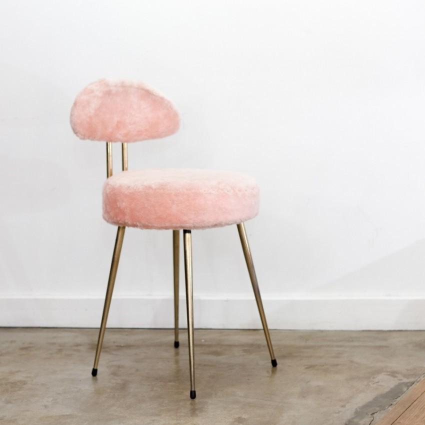chaise moumoute rose vintage pelfran. Black Bedroom Furniture Sets. Home Design Ideas