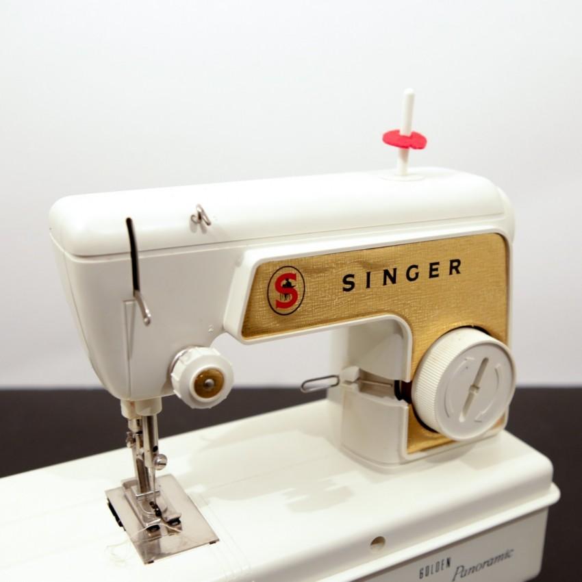 Singer Golden Panoramic - Jouet vintage