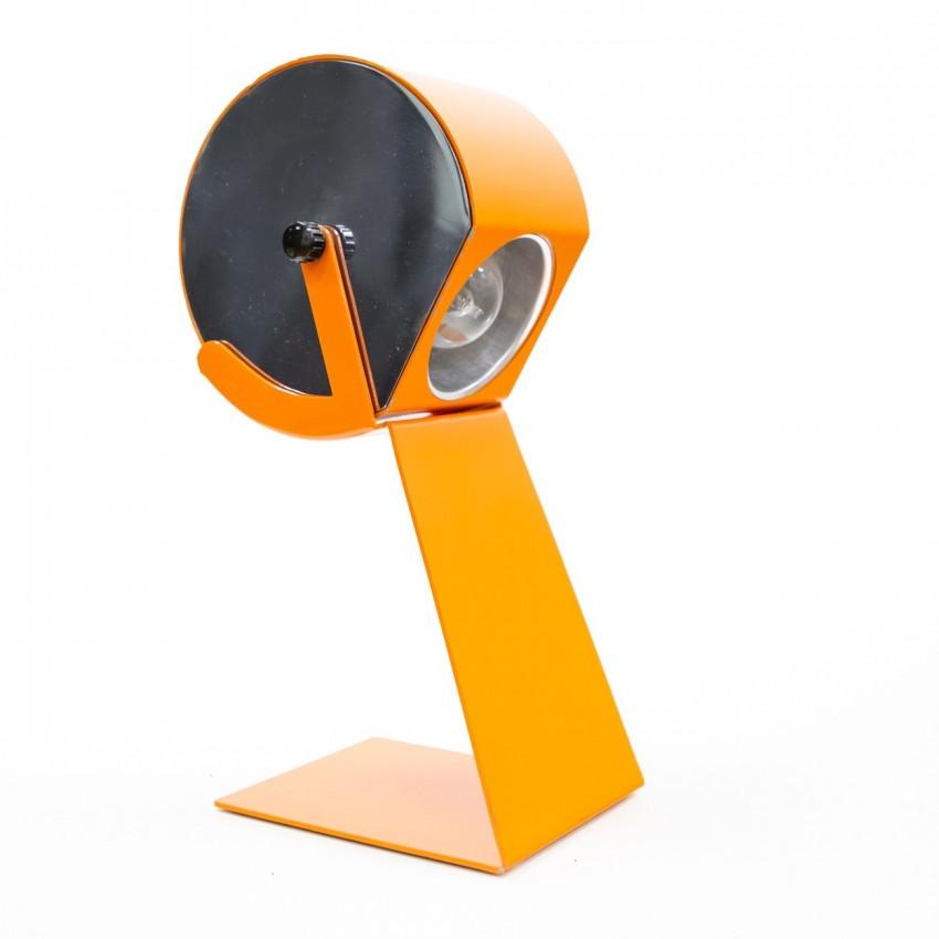 Lampe de chevet ou de bureau italienne, des années 1960, en métal orange et chromé.