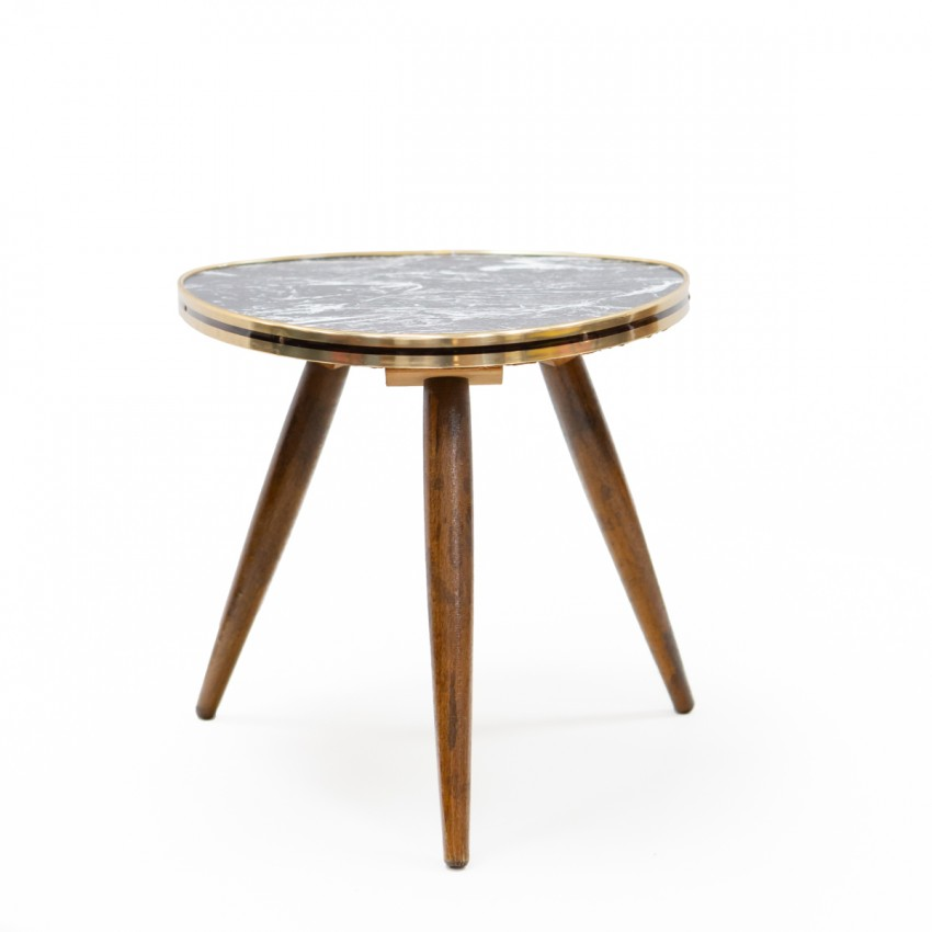 Petite table triangulaire en Formica