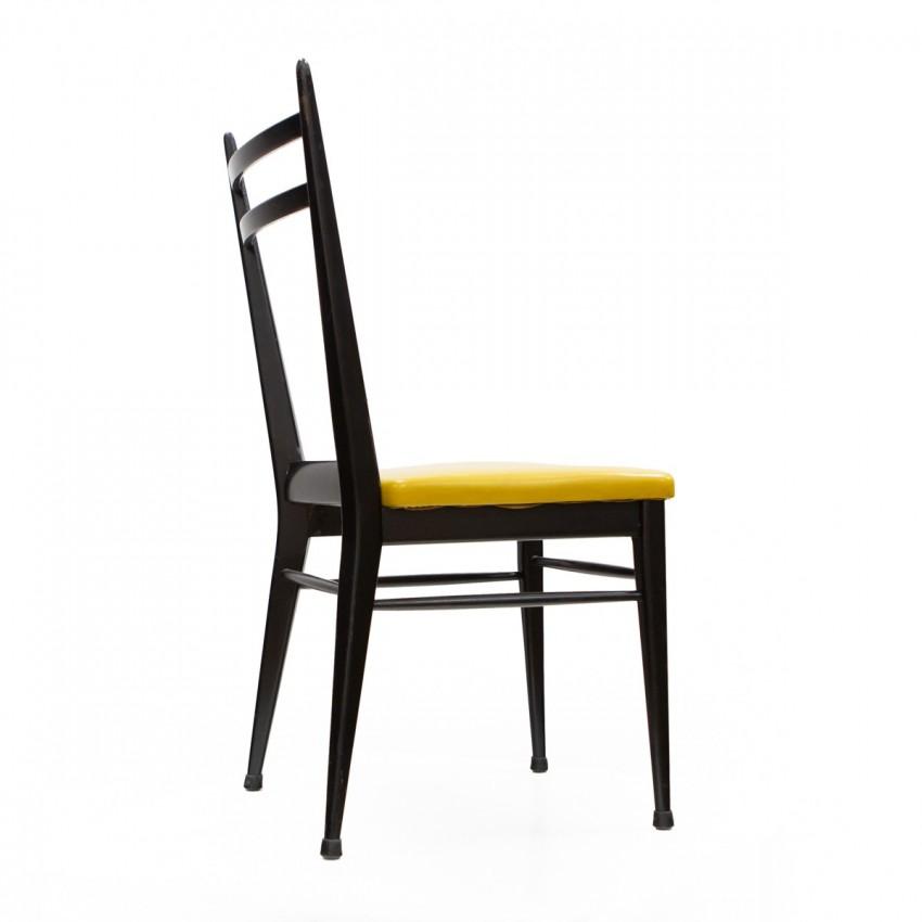 Chaises en bois et Skaï jaune d'Henri Lancel pour MAF