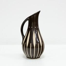 Pichet en céramique orné de sgraffites - Piesche & Reif