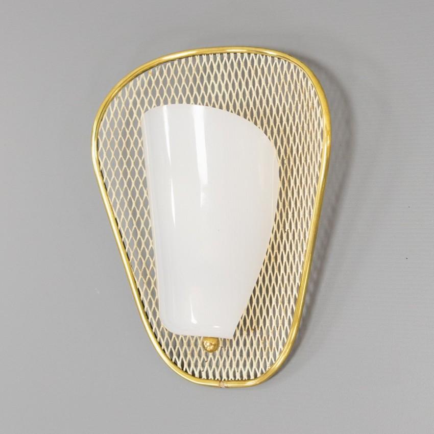 Applique en métal déployé et Plexiglas des années 1950