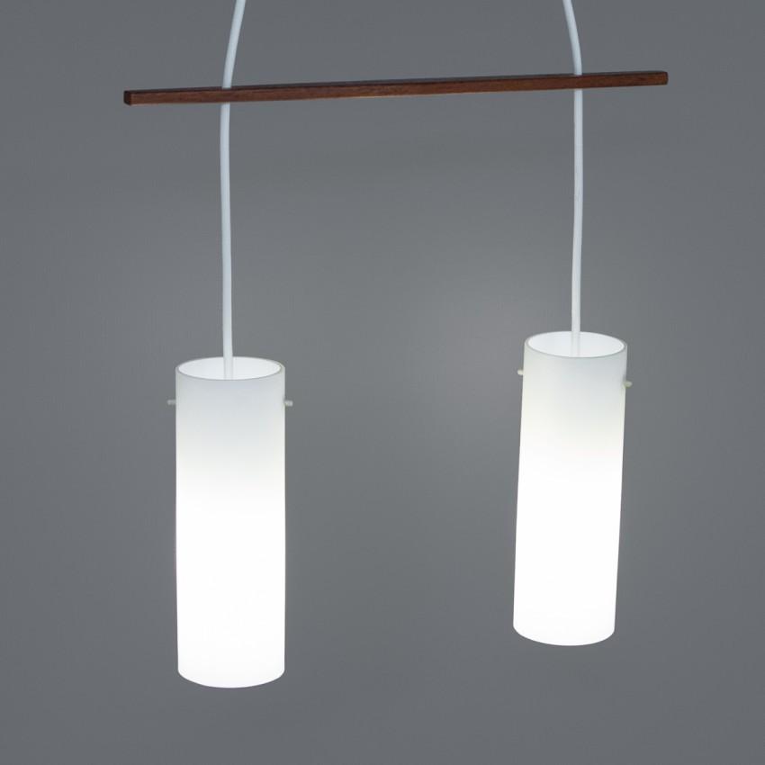 Suspension, des années 1950, faite de deux opalines cylindriques