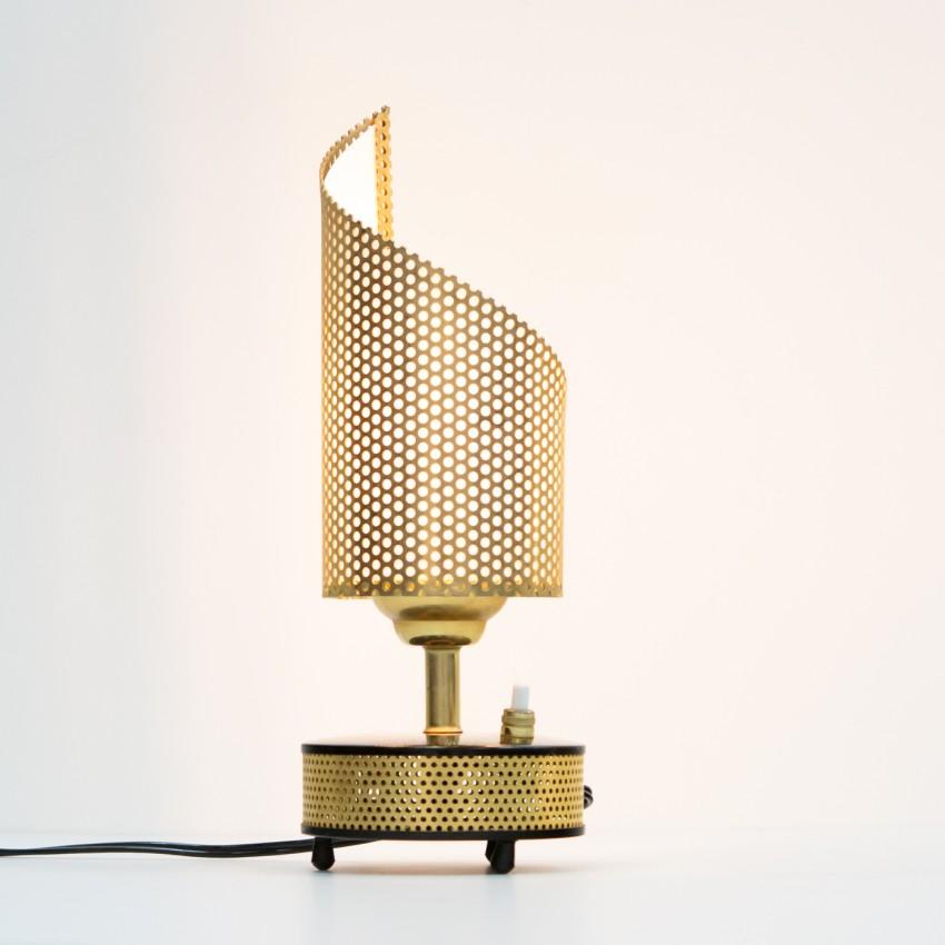 Lampe mobile cylindrique en tôle perforée Télé-Ambiance