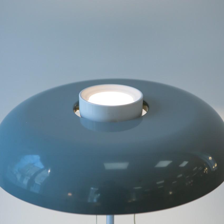Lampe de bureau Arlus - Piètement chromé et réflecteur en tôle laquée de gris