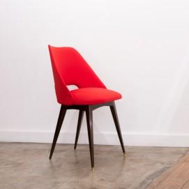 Chaise tonneau rouge