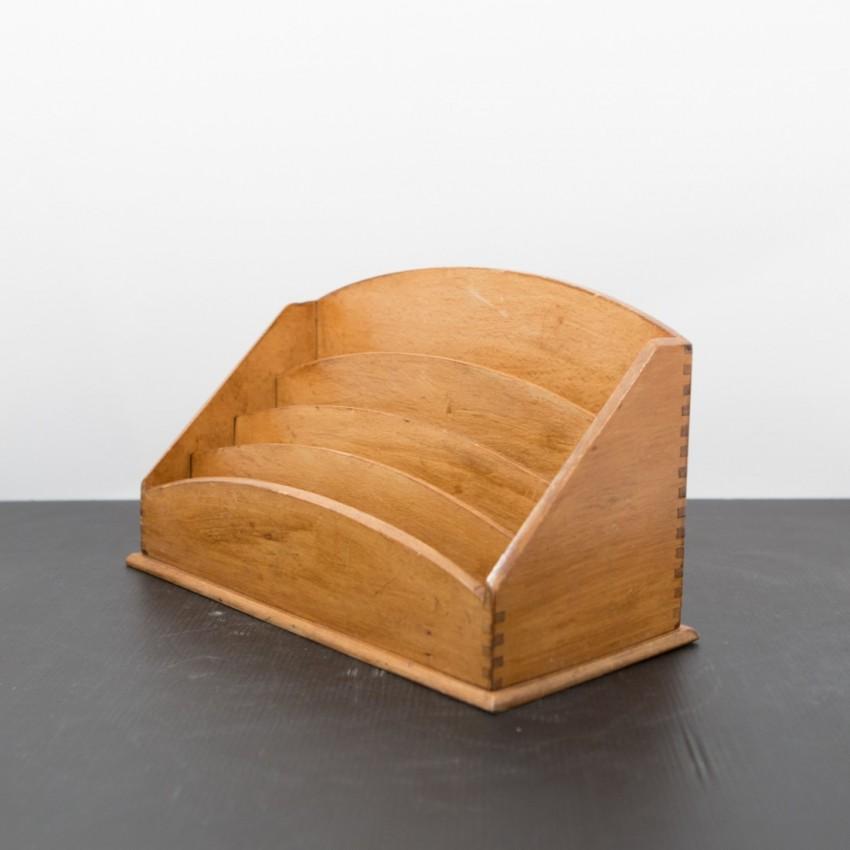 trieur ou range courrier en bois ann es 1950. Black Bedroom Furniture Sets. Home Design Ideas