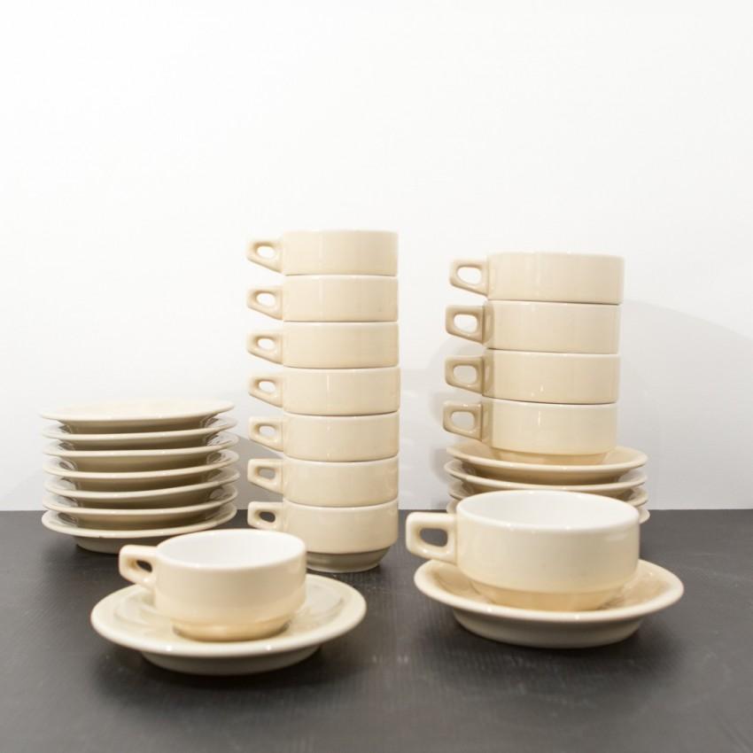 Tasses à thé/café d'hôtellerie des années 1960