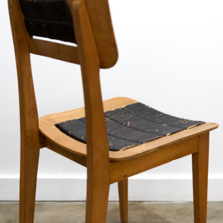 Chaise paillée en bois des années 1950