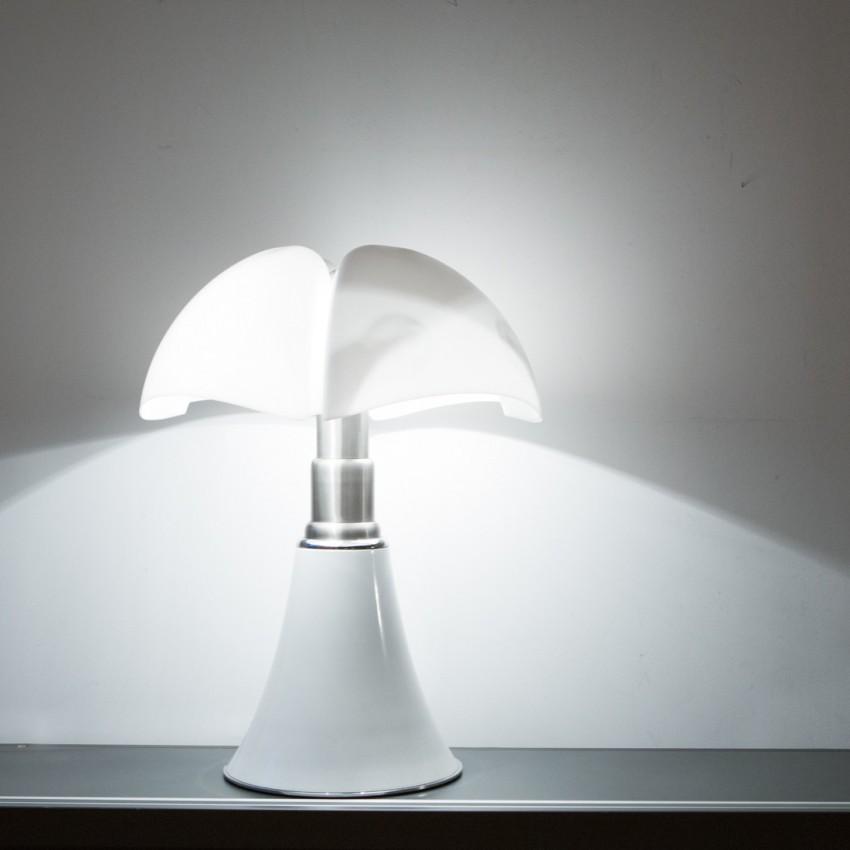 Lampe Pipistrello de Gae Aulenti pour Martinelli Luce