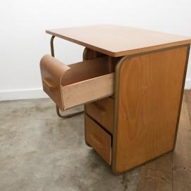 Bureau en bois des années 1950