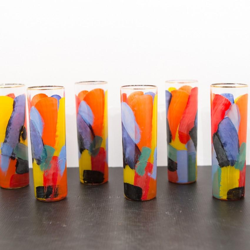 Verres à cocktail ou orangeade multicolores