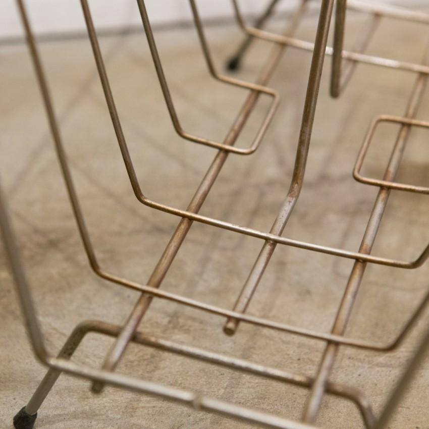 Porte-revues vintage en fil de fer doré