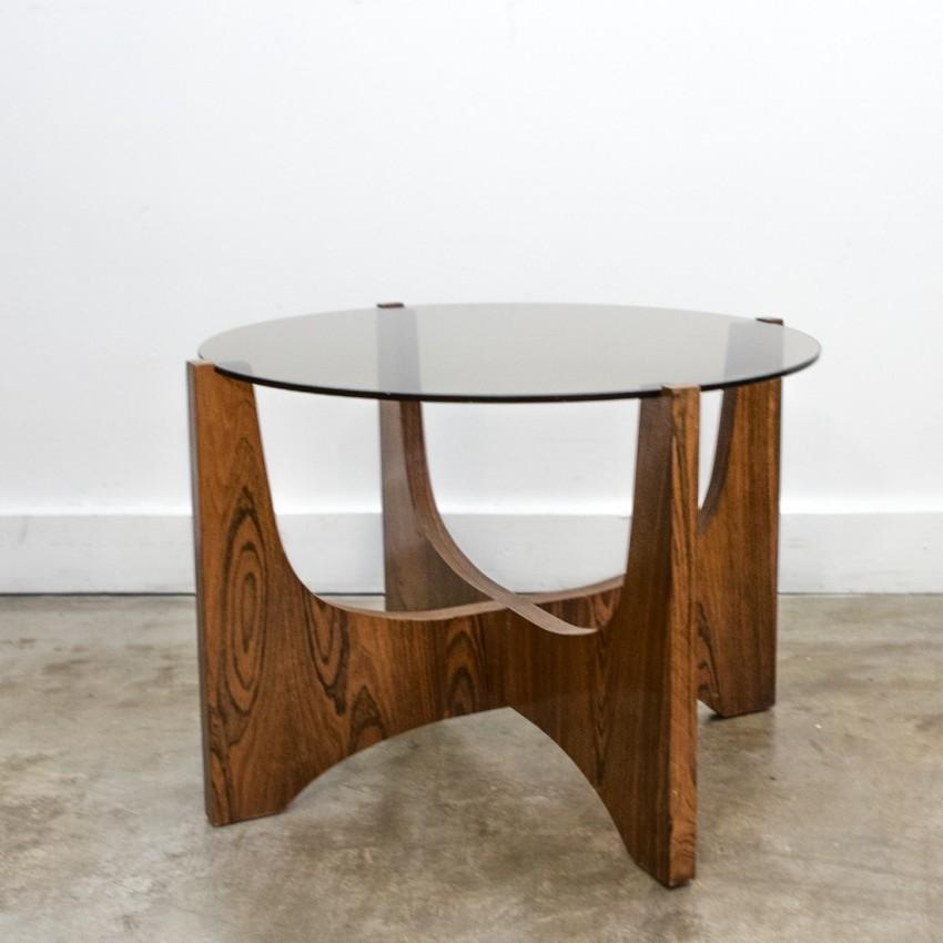 table basse ronde hugues poignant. Black Bedroom Furniture Sets. Home Design Ideas