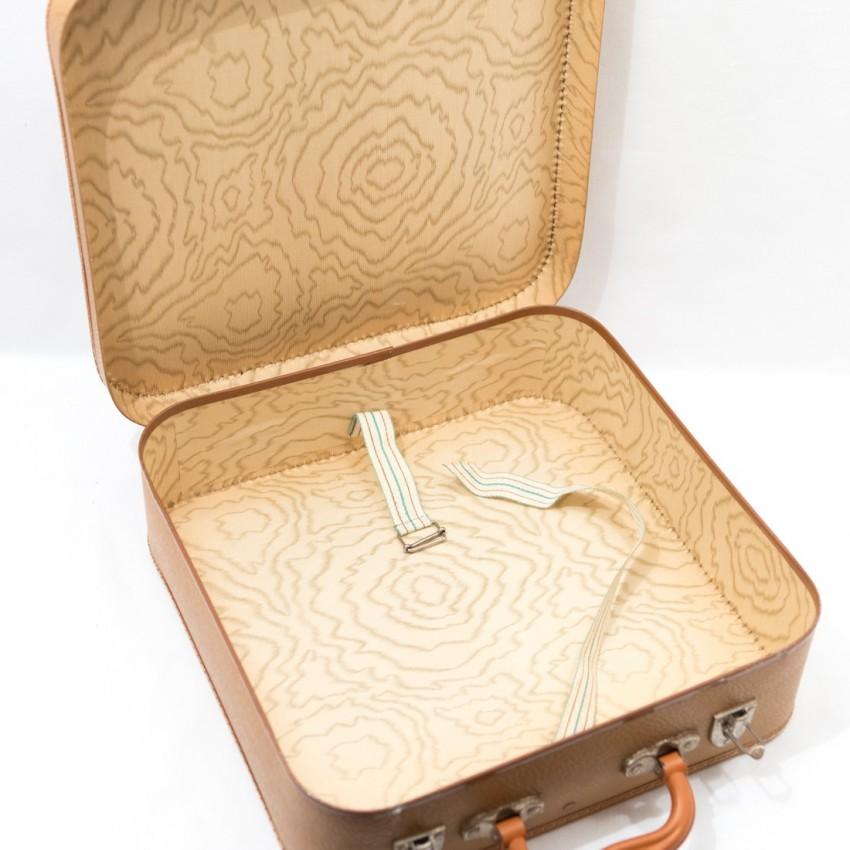 Petite valise ancienne