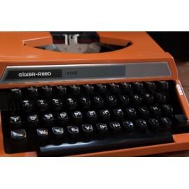 Machine à écrire Silver Reed 100