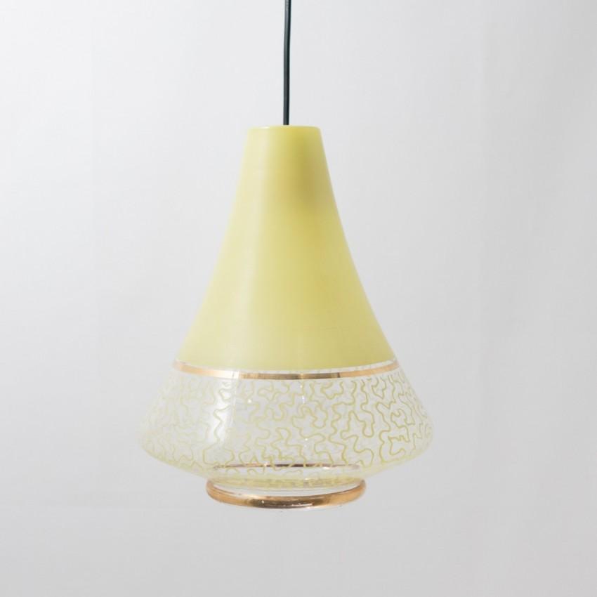 suspension en verre grav jaune. Black Bedroom Furniture Sets. Home Design Ideas