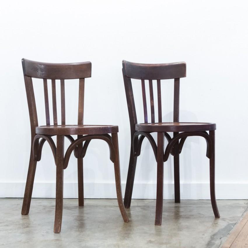 paire de chaises de caf. Black Bedroom Furniture Sets. Home Design Ideas