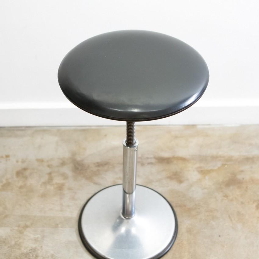 tabouret d 39 atelier vis. Black Bedroom Furniture Sets. Home Design Ideas