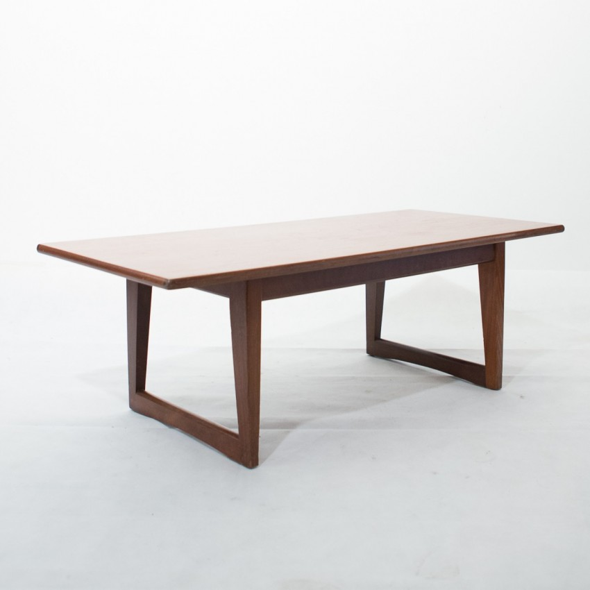 Table basse scandinave en teck for Table scandinave