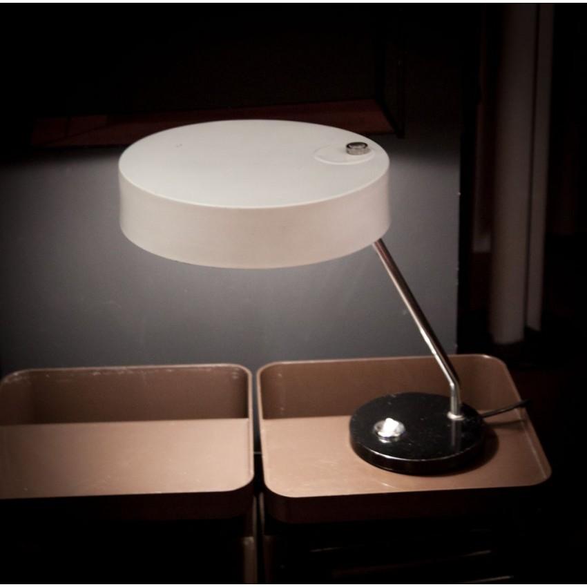 Lampe de bureau en tôle laquée Jumo