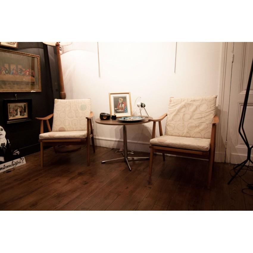paire de fauteuils thonet. Black Bedroom Furniture Sets. Home Design Ideas
