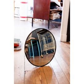 miroir convexe il de sorci re. Black Bedroom Furniture Sets. Home Design Ideas