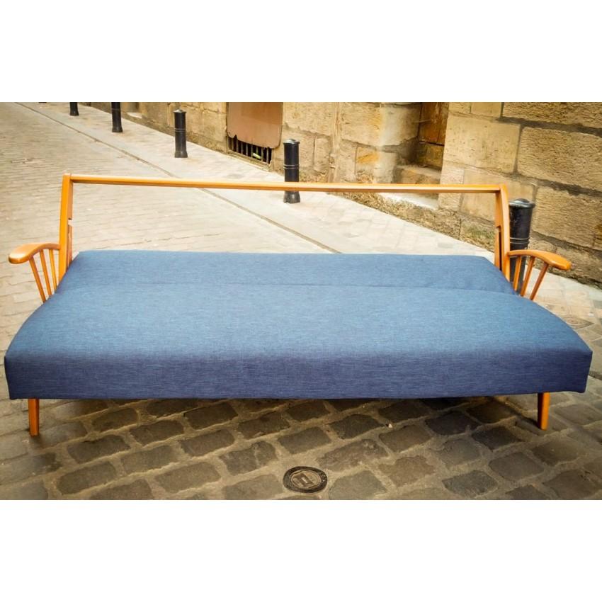 Salon scandinave fauteuils et canap danois for Salon et canape