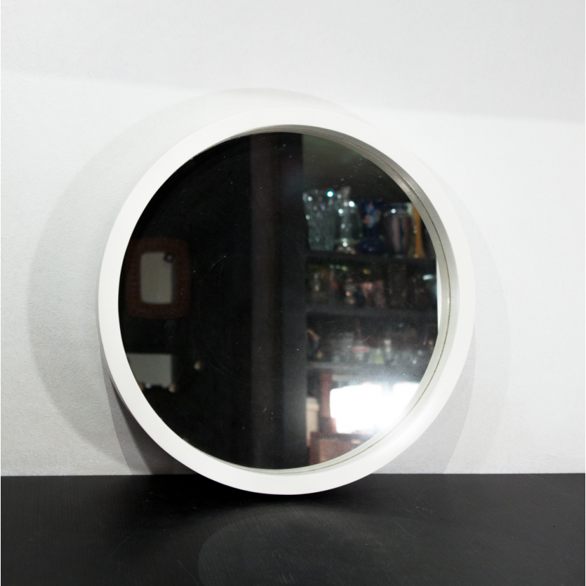 miroir danois rond et vintage. Black Bedroom Furniture Sets. Home Design Ideas